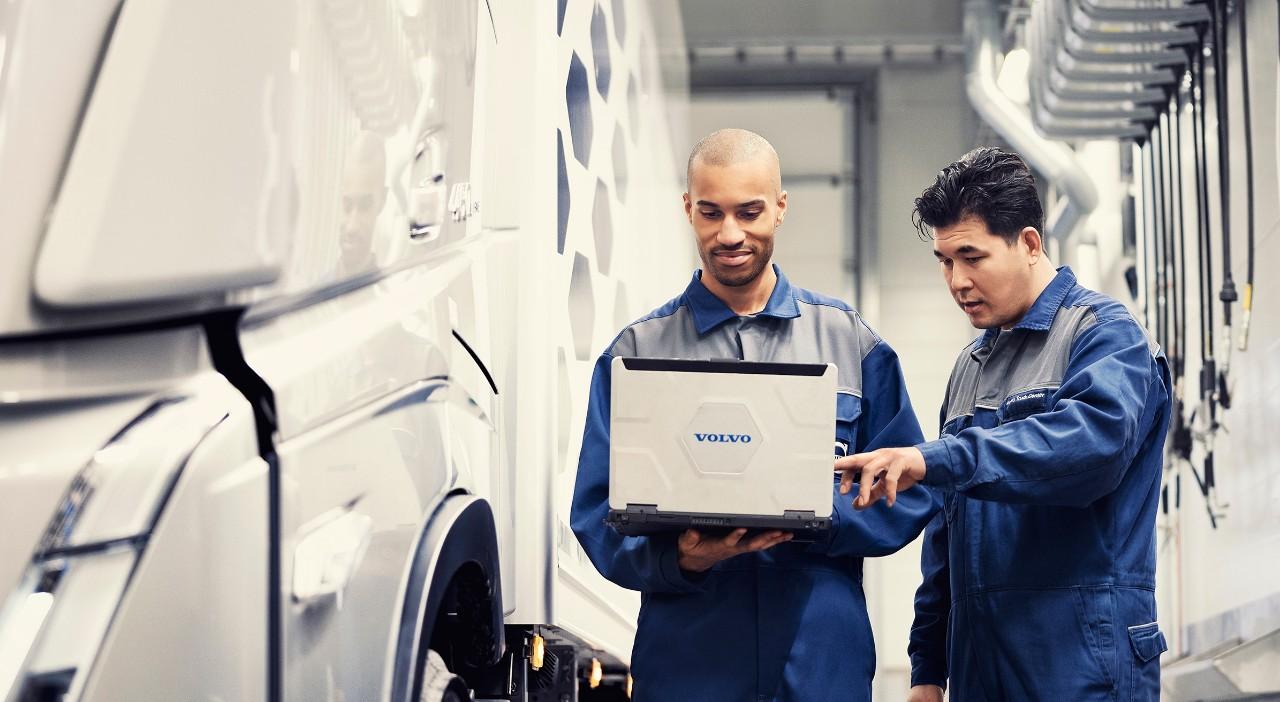 Oriģinālie Volvo pakalpojumi tiek sniegti ar oriģinālajām Volvo detaļām